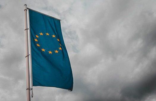 bandiera-europea-900x675